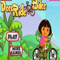 لعبة دورا تركب الدراجة فوق التلال الجميلة